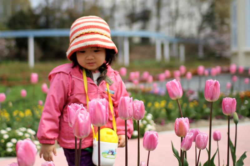 花にうっとり京那