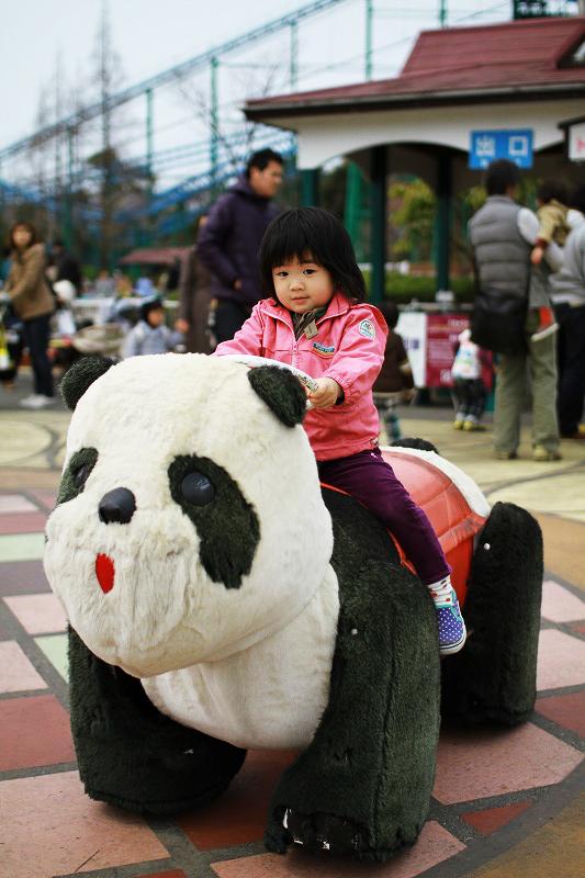 パンダをたくみにあやつる京那